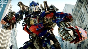 TRANSFORMERS, Optimus Prime, 2007. ©Paramount/courtesy Everett Collection